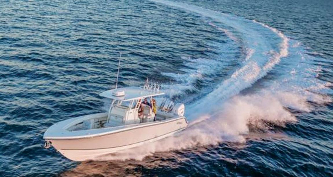 2017 1 Boat Buyers Guide Makos