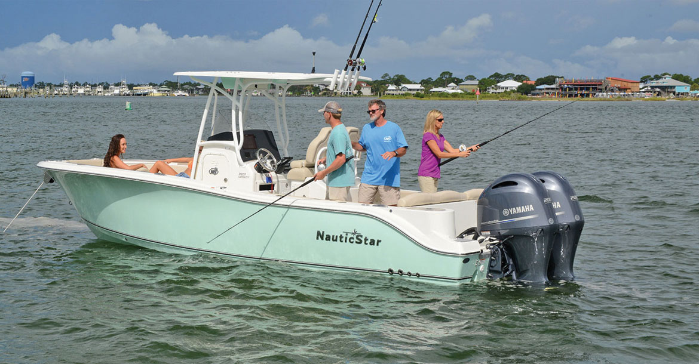 2017 1 Boat Buyers Guide NauticStars