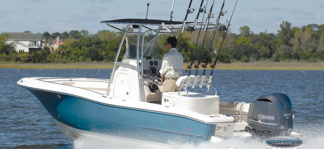 2017 1 Boat Buyers Guide Pioneers
