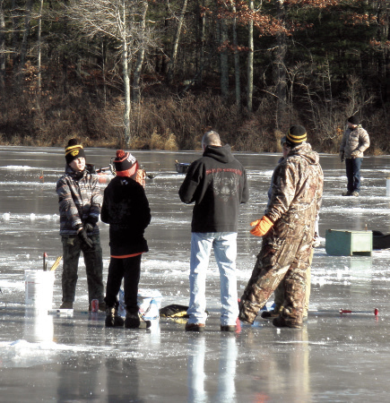 2017 1 Ice Jigging