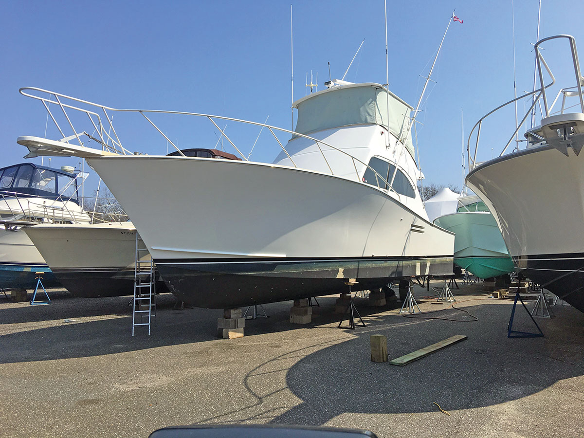 hull power washed, cleaned and waxed