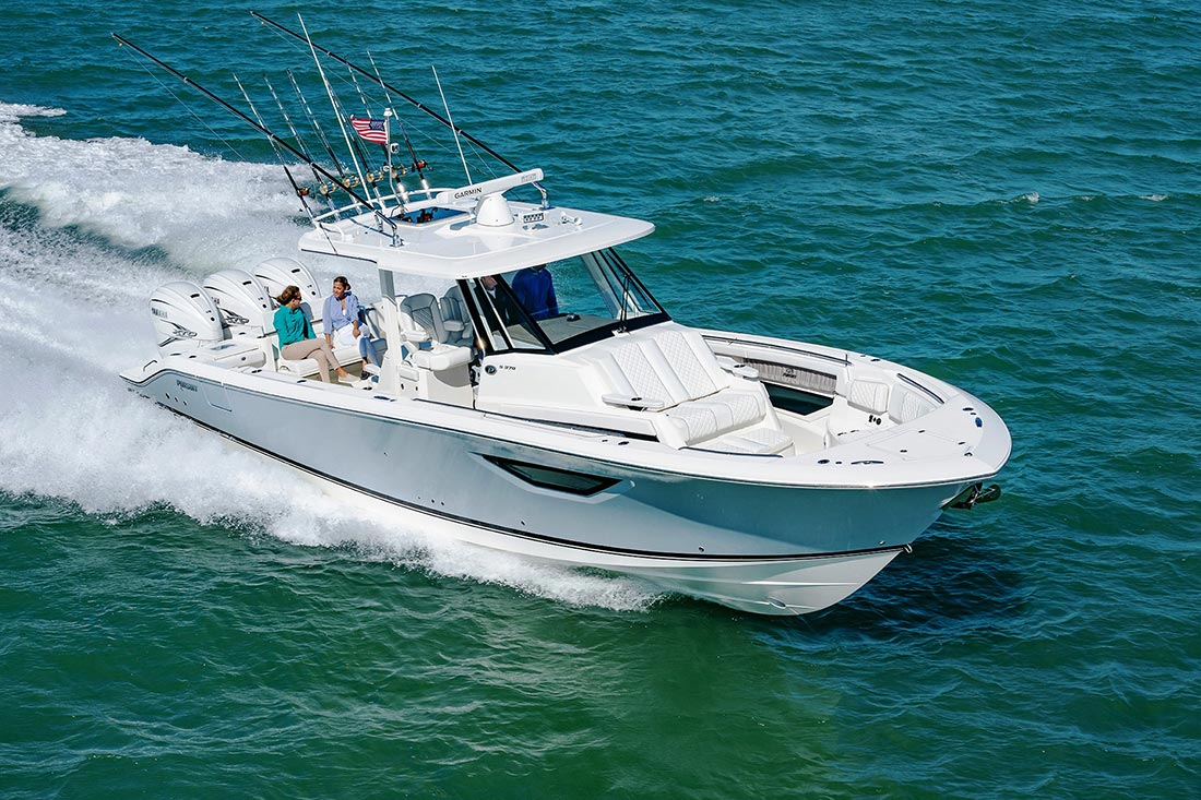 BOAT REVIEW Pursuit S378 Bow